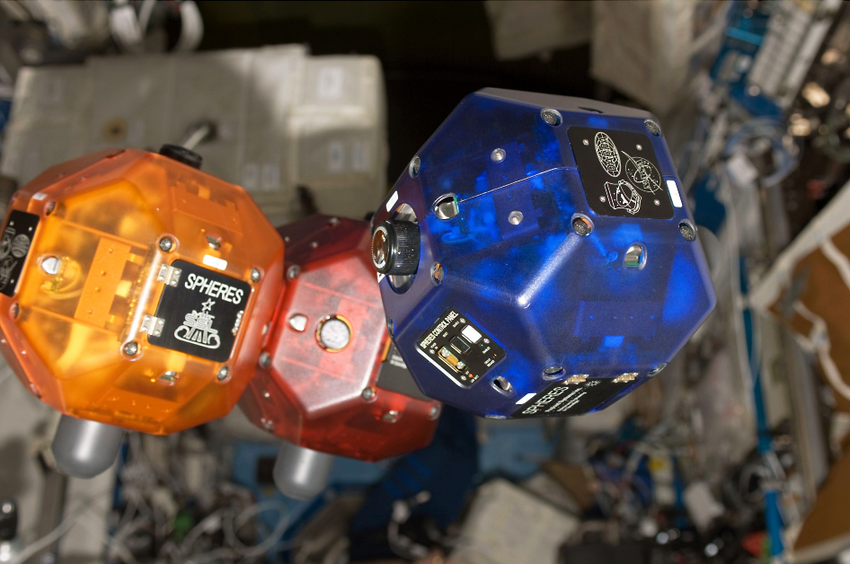 SPHERES - Picture: /uploads/images/robots/spheres/spheres-iss-1.jpg